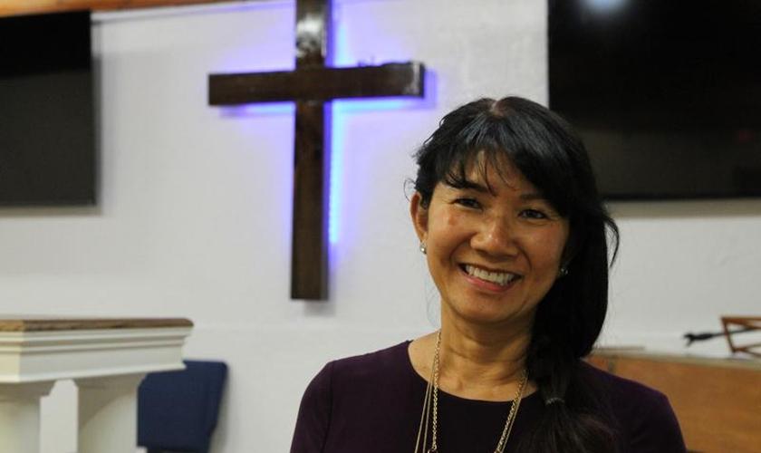 Linda Dunegan comprou um antigo clube de strip e o transformou em uma igreja. (Foto: AP Photo/Mark Thiessen)