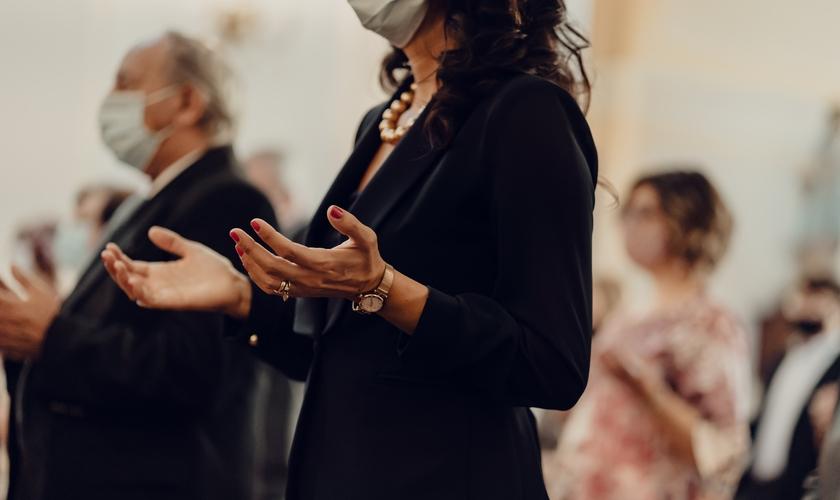 O Dia da Oração e Jejum é celebrado no dia 12 de outubro, no Distrito Federal. (Foto: Gabriella Clare Marino/Unplash).