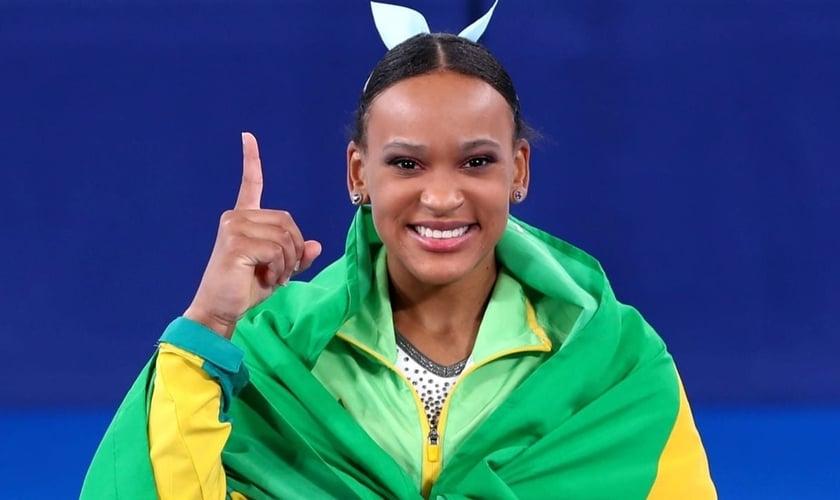 Rebeca Andrade conquistou a primeira medalha de ouro na ginástica artística para o Brasil. (Foto: Jonne Roriz/COB)