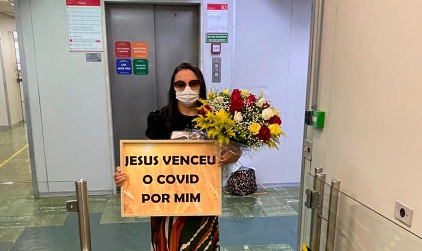 Ana Lucia de Souza Tavares é um milagre fruto de corrente de oração. (Foto: Site Mulher Cristã).