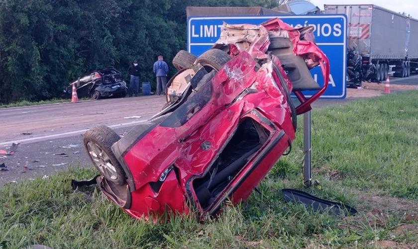 O acidente ocorreu entre Araucária e Contenda, no Paraná. (Foto: Jorge Melo/RPC)