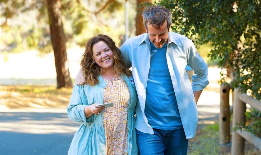 O casal Lilly e Jack enfrentam a perda da filha bebê. (Foto: Netflix).
