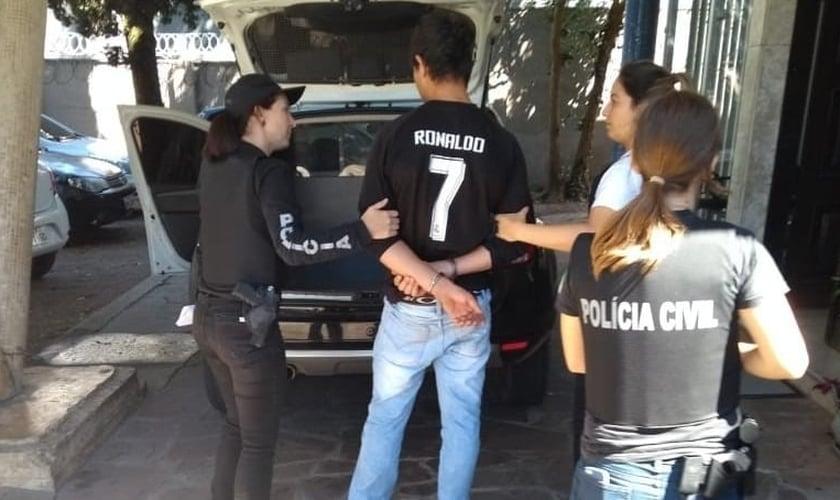 Cerca de 300 homens foram presos durante a Operação Respeito, no Paraná, em 2019. (Foto: Polícia Civil/Divulgação)