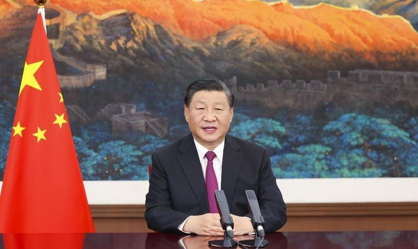 """A produção """"Moisés na Planície"""" passou a ser chamada de """"Fogo na Planície"""". (Foto: Xinhua via AP)."""