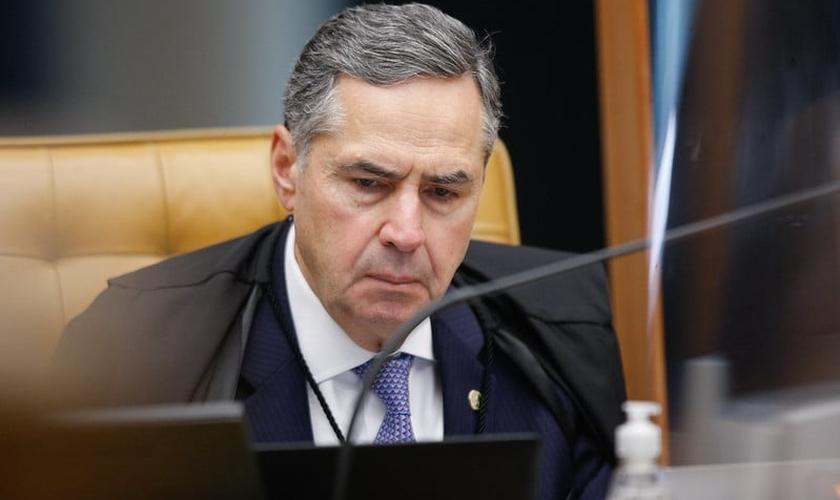 Ministro Roberto Barroso em sessão plenária realizada por videoconferência. (Foto: Fellipe Sampaio /SCO/STF)