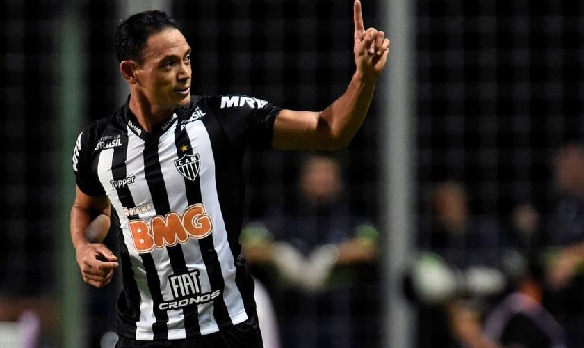 Ricardo Oliveira comemora gol do Atlético-MG sobre o Danubio, pela Libertadores. (Foto: Getty Images)