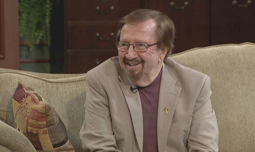 Depois de Eddie Donnally ter a vida transformada por Deus e se aposentar do jóquei, ele se tornou capelão. (Foto: CTN)