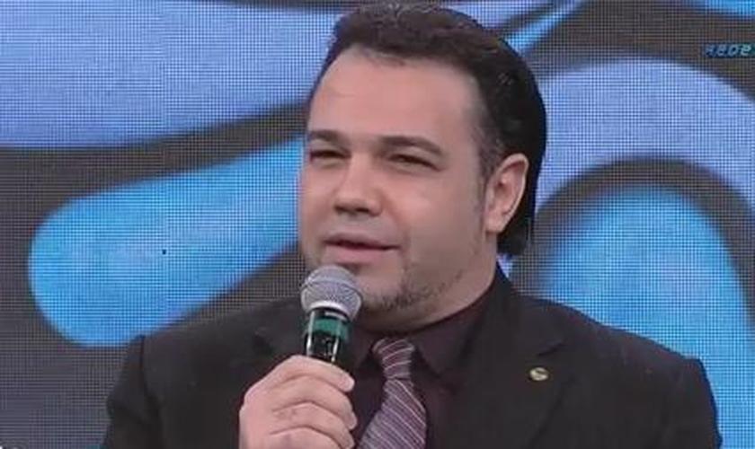 Marco Feliciano afirma que a homossexualidade é uma conduta que pode ser abandonada pelo homossexual, se assim este o quiser.