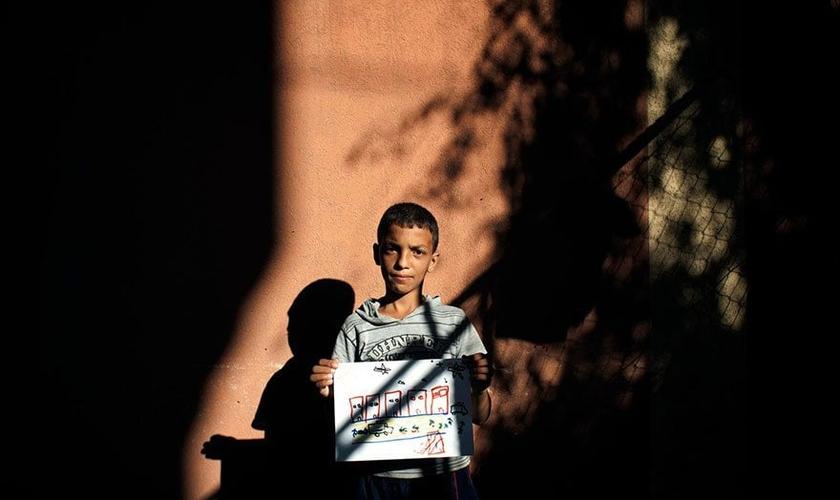 Estima-se que exista atualmente no mundo 153 milhões órfãos.