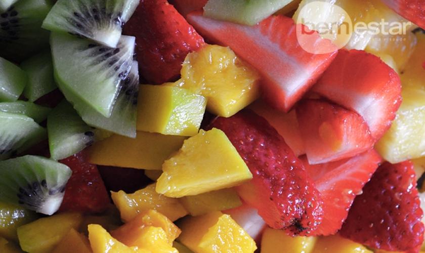 Salada de frutas funcional