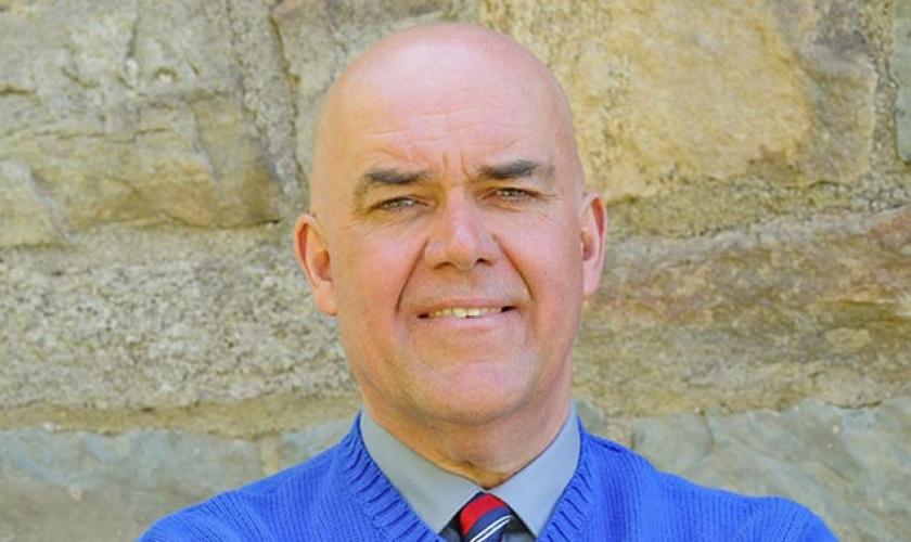 Walt Tutka, professor substituto do Distrito Escolar de Phillipsburg.