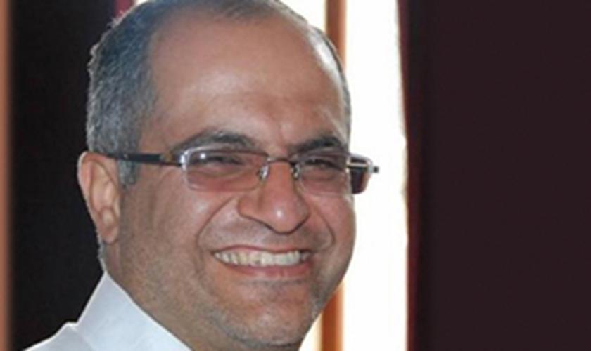 Pastor Rasoul Abdollahi é liberto da prisão no Irã
