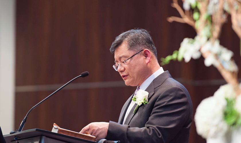 Hyeon Soo Lim, de 60 anos, é líder de 3 mil membros da Igreja Presbiteriana no Canadá.
