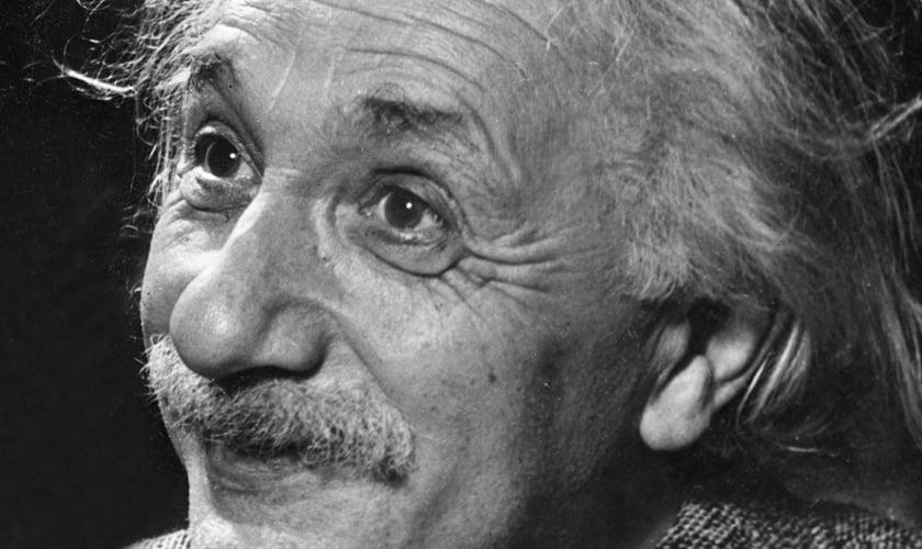 Físico teórico Albert Einstein. (Reprodução/ Fatos Desconhecidos)