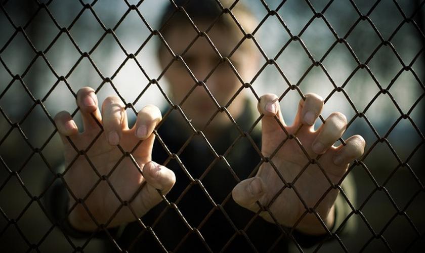 Maioridade penal _ prisão