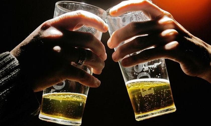 Cerveja pode causar câncer de fígado