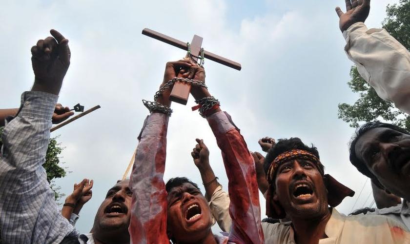 Cristãos perseguidos no Oriente Médio. (AFP PHOTO/Arif ALI)