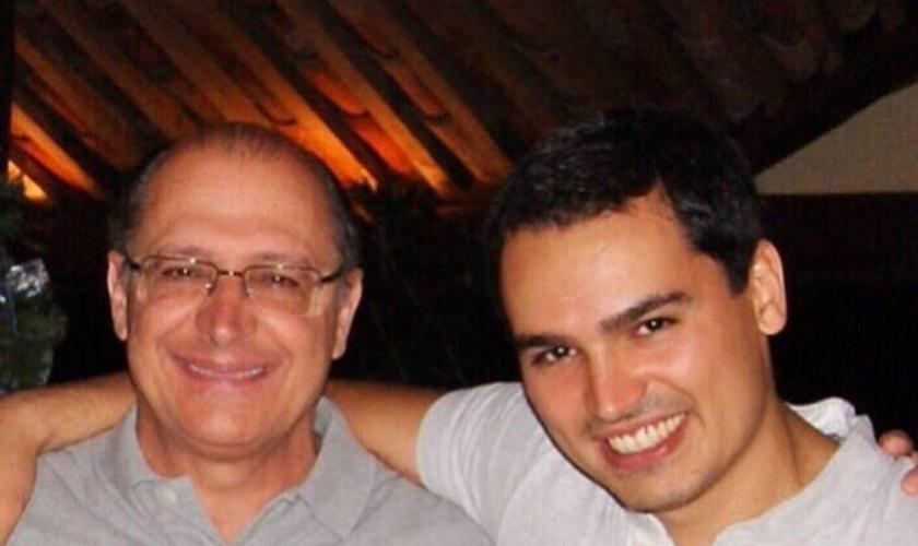 Geraldo e Thomaz Alckmin em foto publicada no Facebook pelo governador