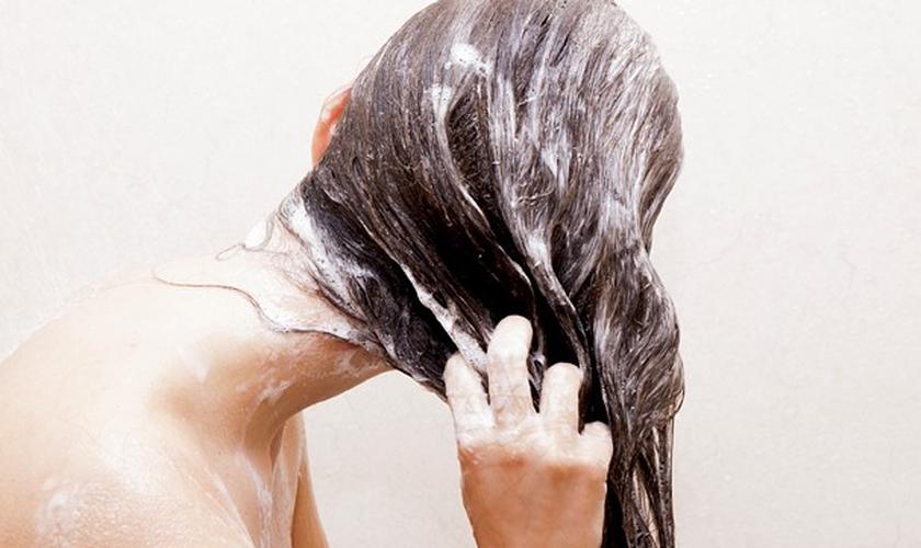 Erros ao lavar os cabelos