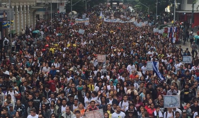 Imagem da Marcha Para Jesus em Curitiba
