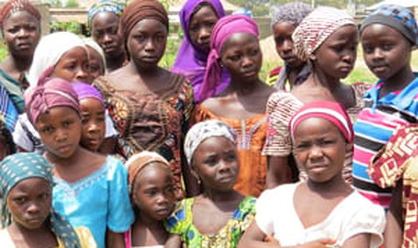 Crianças nigerianas
