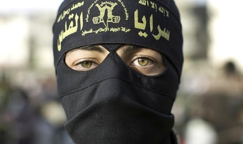 O Estado Islâmico operou operou, pelo menos, 46.000 contas. (Foto: Reprodução/Spectator)