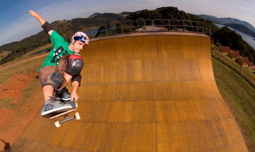 Sandro Dias, o Mineirinho, hexacampeão mundial de skate.