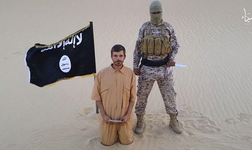Estado Islâmico com o refém croata Tomislav Salopek
