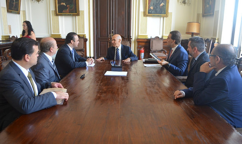 Reunião na Secretaria da Justiça e Cidadania. (Foto: Reprodução/ Secretaria de Turismo)