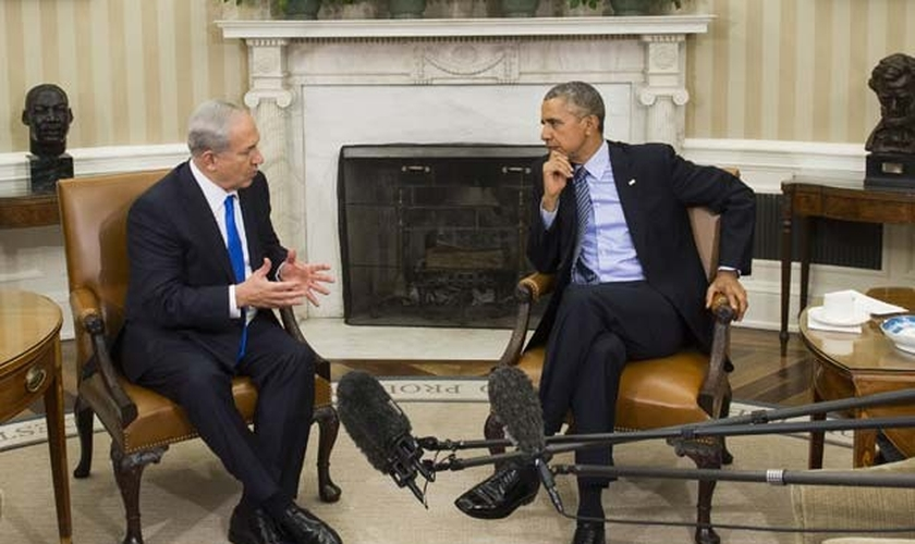 O presidente americano Obama recebeu o premiê israelense Benjamin Netanyahu na Casa Branca. (Foto: AFP Photo/Saul Loeb)