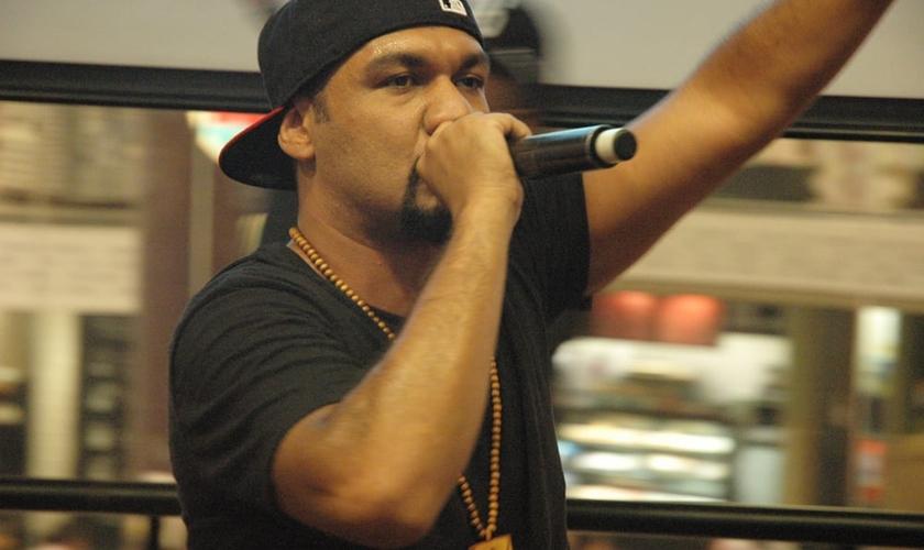 Pregador Luo durante o lançamento do CD Governe, em SP. (Foto: Guiame/ Marcos Paulo Corrêa)