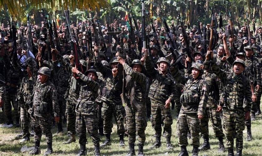 Rebeldes da Frente de Libertação Islâmica nas Filipinas