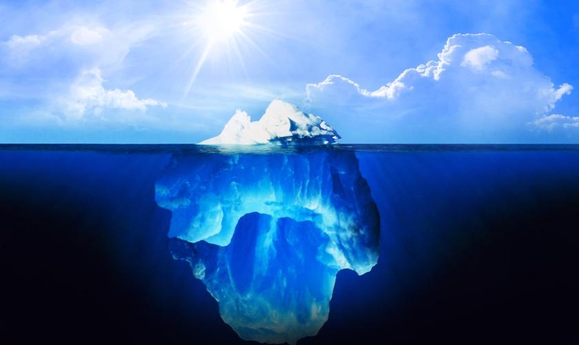 Como um iceberg, o que se vê acima da água representa o nosso estado; o que se encontra abaixo da água representa a nossa essência. (Foto: Reprodução)