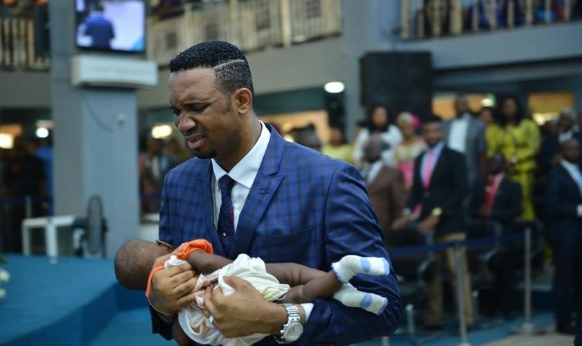 O caso aconteceu no dia 7 de fevereiro, na igreja Mountain Miracle and Liberation Ministries. (Foto: Reprodução/Bella Naija)