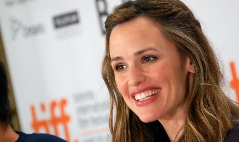 """Jennifer Garner é conhecida por estrelar o filme """"De repente 30"""" e interpretar Elektra em """"Demolidor"""". (Foto: Wikipedia/Karon Liu)"""