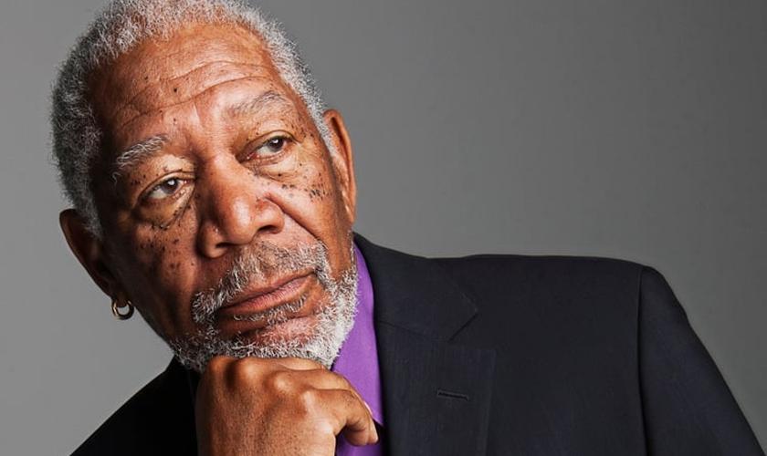 """Morgan Freeman é um veterano de Hollywood e já atuou em filmes diversos, como """"Todo Poderoso"""", no qual interpretou o papel de Deus."""