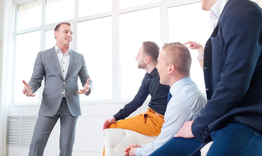 A realização vincula-se à capacidade de transformar situações. O sucesso de um líder é medido por sua busca de prioridades para o grupo. (Imagem: Divulgação)