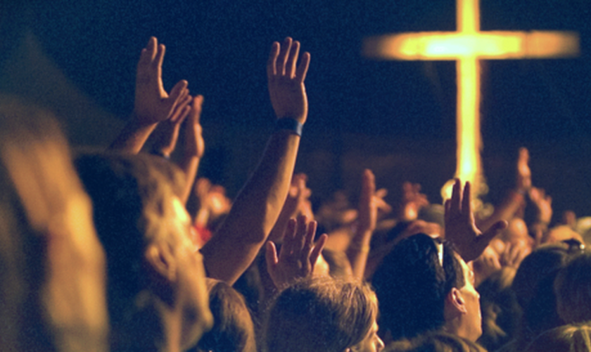 Essa é a verdadeira adoração: mostrar o nosso amor a Deus e conhecê-lo melhor. (Foto: Reprodução)
