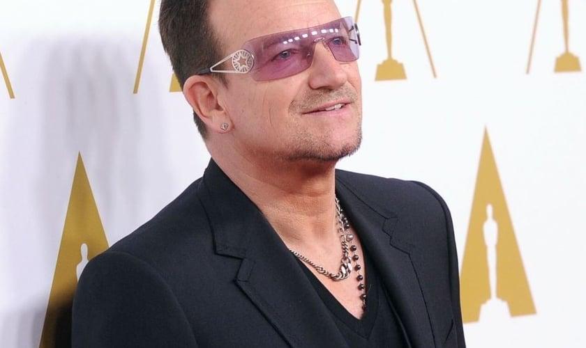 """Eles discutiram a poesia das escrituras e, em particular, o livro dos Salmos que Bono descreveu como """"brutalmente honesto"""". (Foto: Reprodução)."""