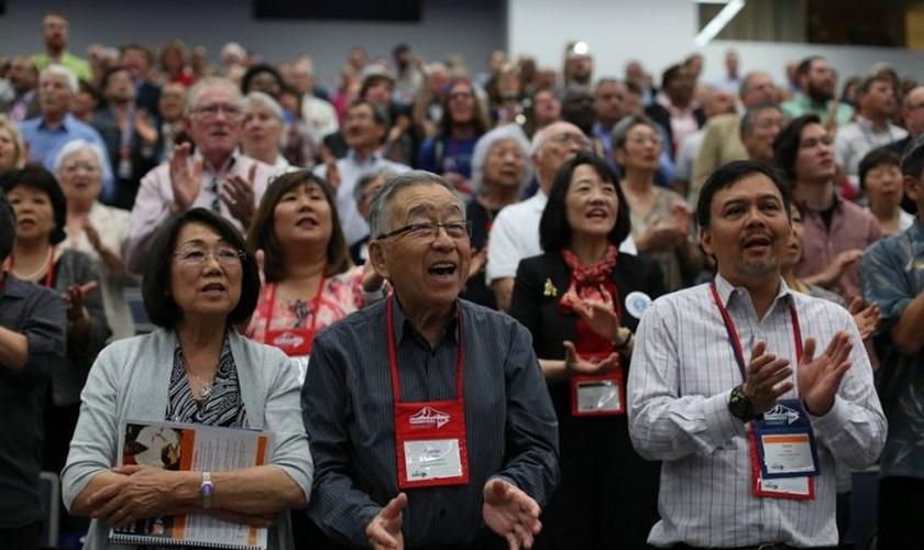 Membros de igrejas metodistas dos EUA participam de Conferência Anual, em Oregon. (Foto: Facebook)