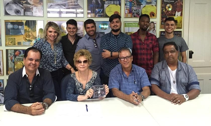 De acordo com o Bispo José Elias, a credibilidade da gravadora foi fundamental para a concretização do novo projeto. (Foto: Divulgação).