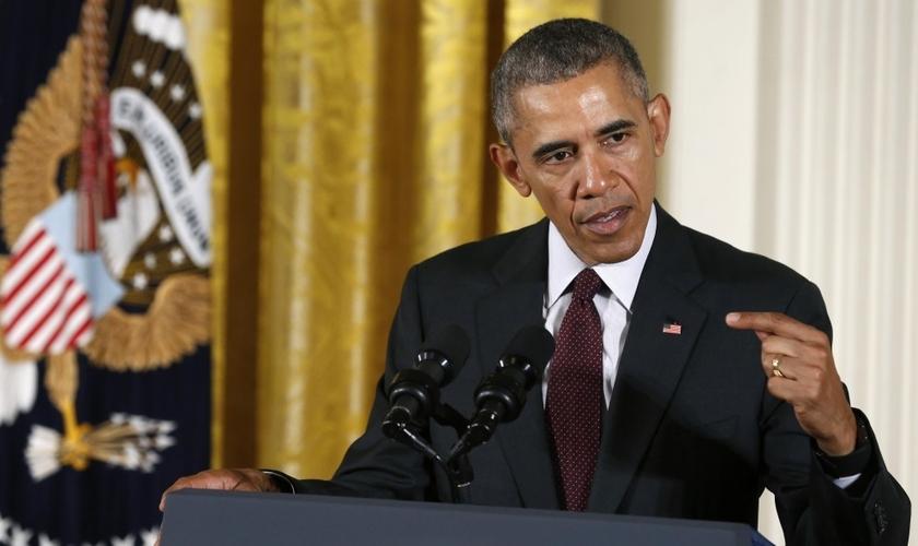 Barack Obama afirmou que 'suas crenças cristãs' o levam a apoiar a política de banheiros transgêneros nas escolas . (Foto: Reuters)