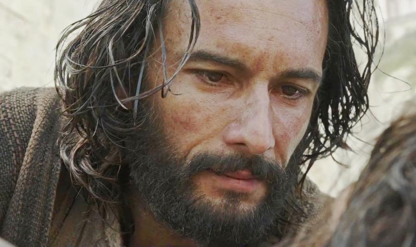 Os espectadores podem olhar a importância que Jesus Cristo teve no personagem fictício. (Foto: Reprodução/Youtube).