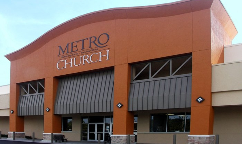 A igreja de Anderson se ofereceu para transmitir os cultos ou memoriais para os entes queridos que são incapazes de chegar a Orlando.  (Foto: Divulgação).