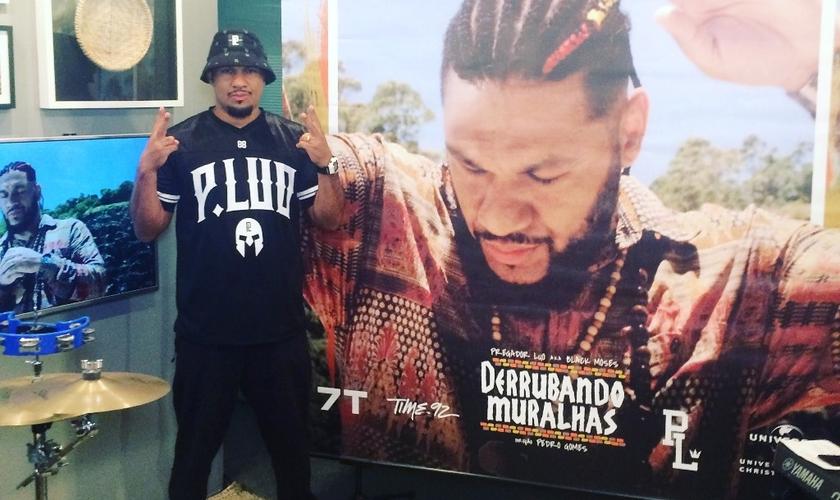 Luo participou de um bate-papo com o público pelo Facebook Mentions. (Foto: Divulgação).