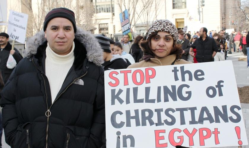 Em dezembro, o Estado Islâmico reivindicou a autoria de um bombardeio na Igreja Copta do Cairo que matou 27 pessoas. (Foto: Reuters).