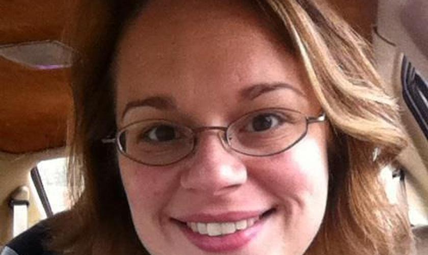 Ashley Lawton é grata a Deus por não ter sido adotada. (Foto: Reprodução/Facebook)