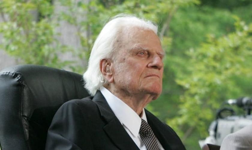 Billy Graham está com 98 anos e é um dos maiores evangelistas dos últimos tempos, ainda vivos. (Foto: BGEA)