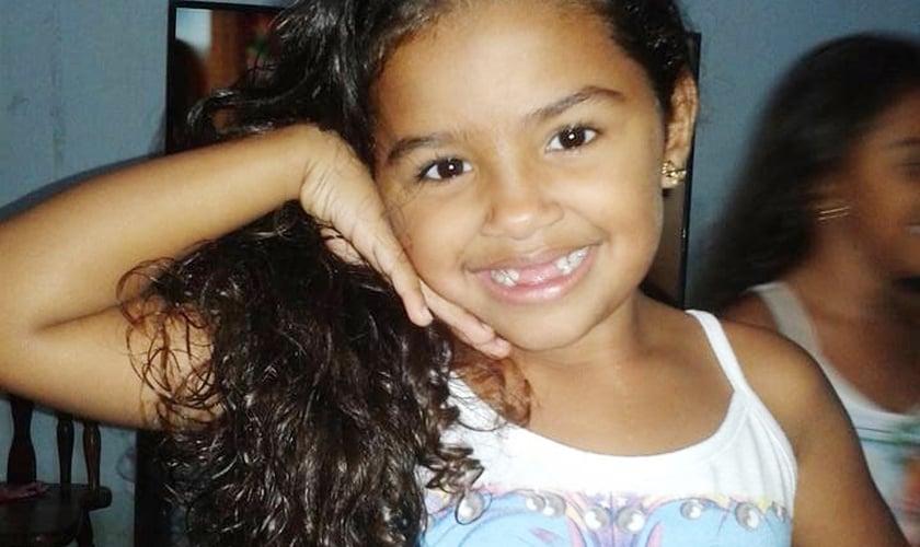 Alice tinha apenas 2 anos de idade quando recebeu a primeira suspeita de leucemia. (Foto: Arquivo Pessoal)