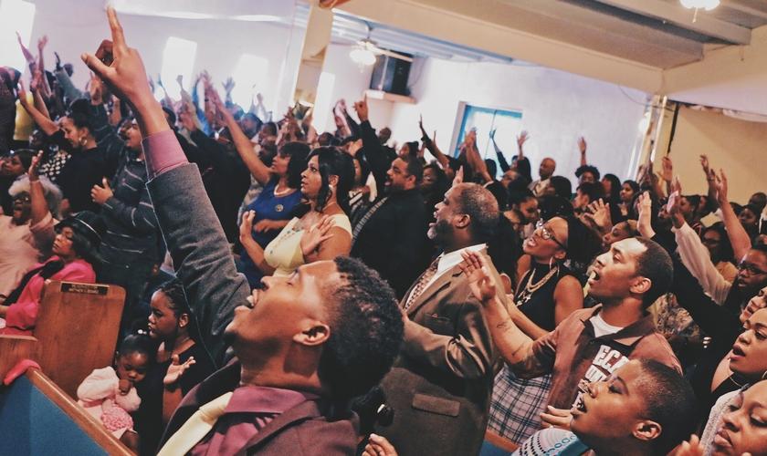 Culto em igreja. (Foto: Greater Zion Church Family)